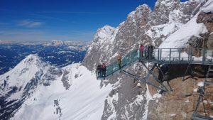 Prosklená lávka na Dachstein